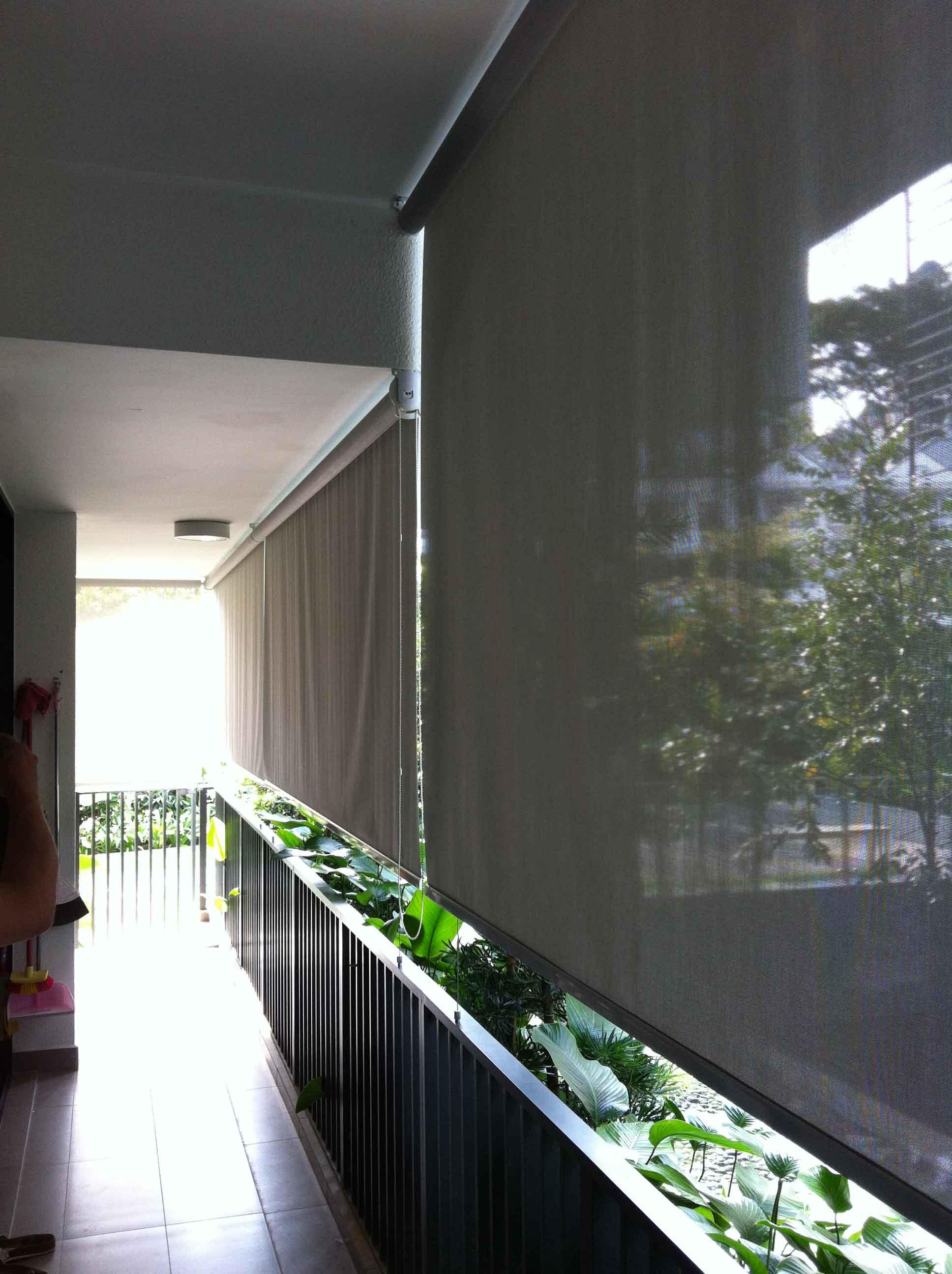 roller blinds 34