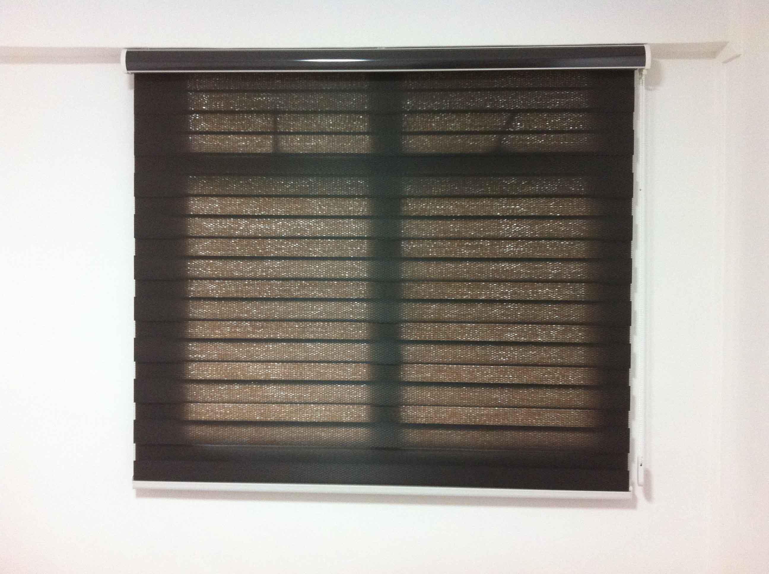 roller blinds 36
