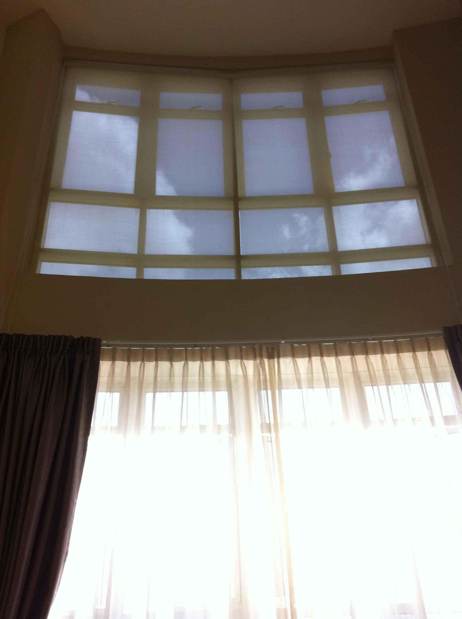 roller blinds 38