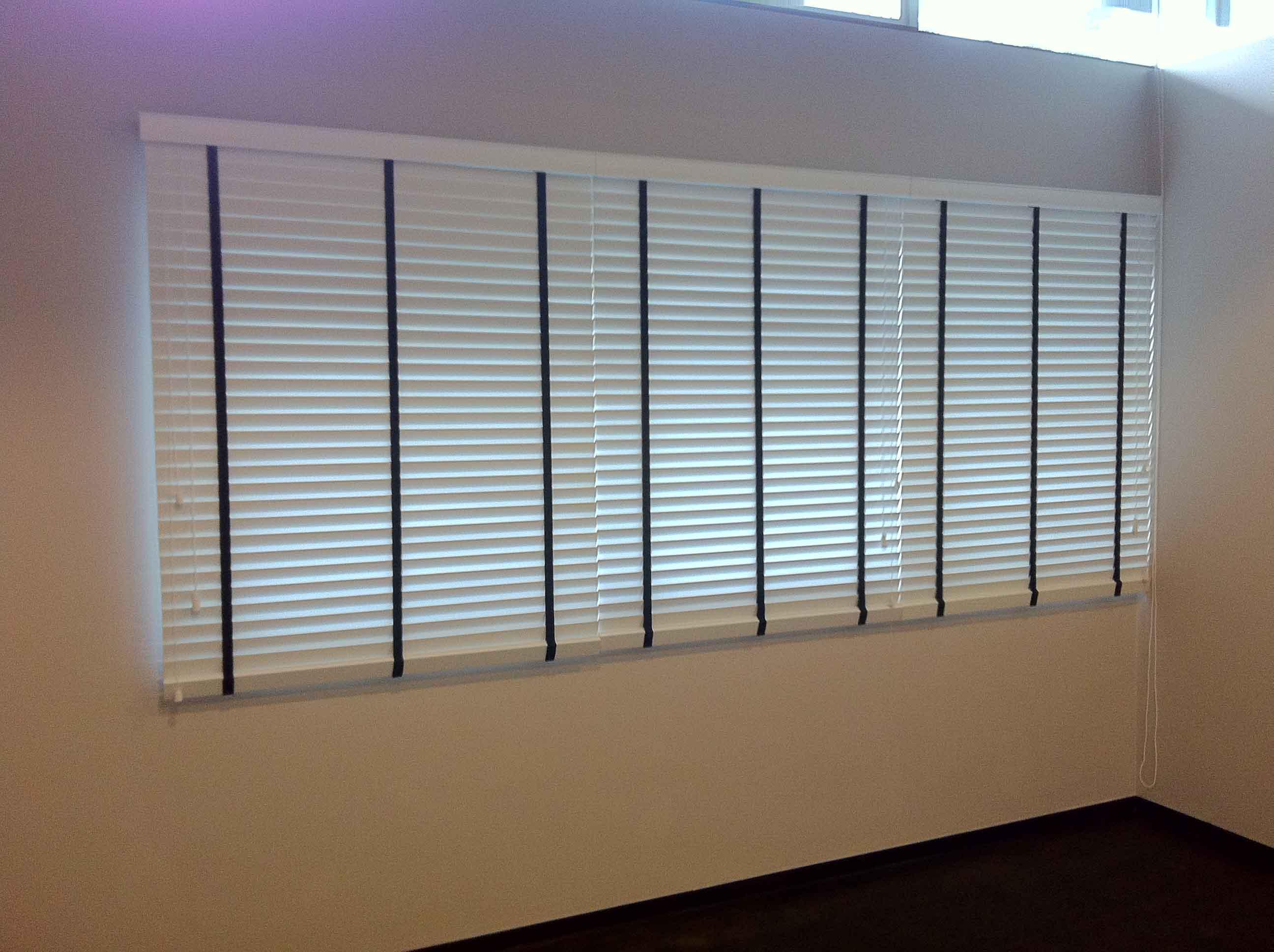 venetian blinds 18