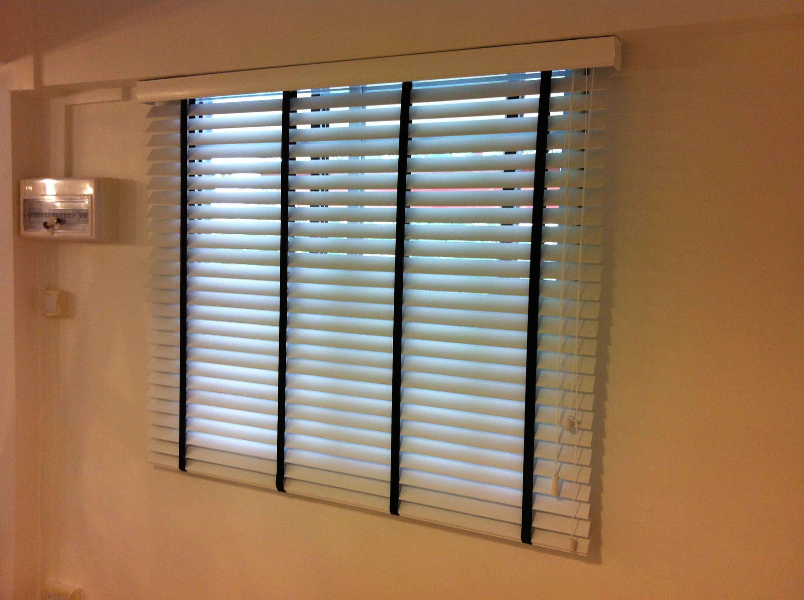 venetian blinds 22