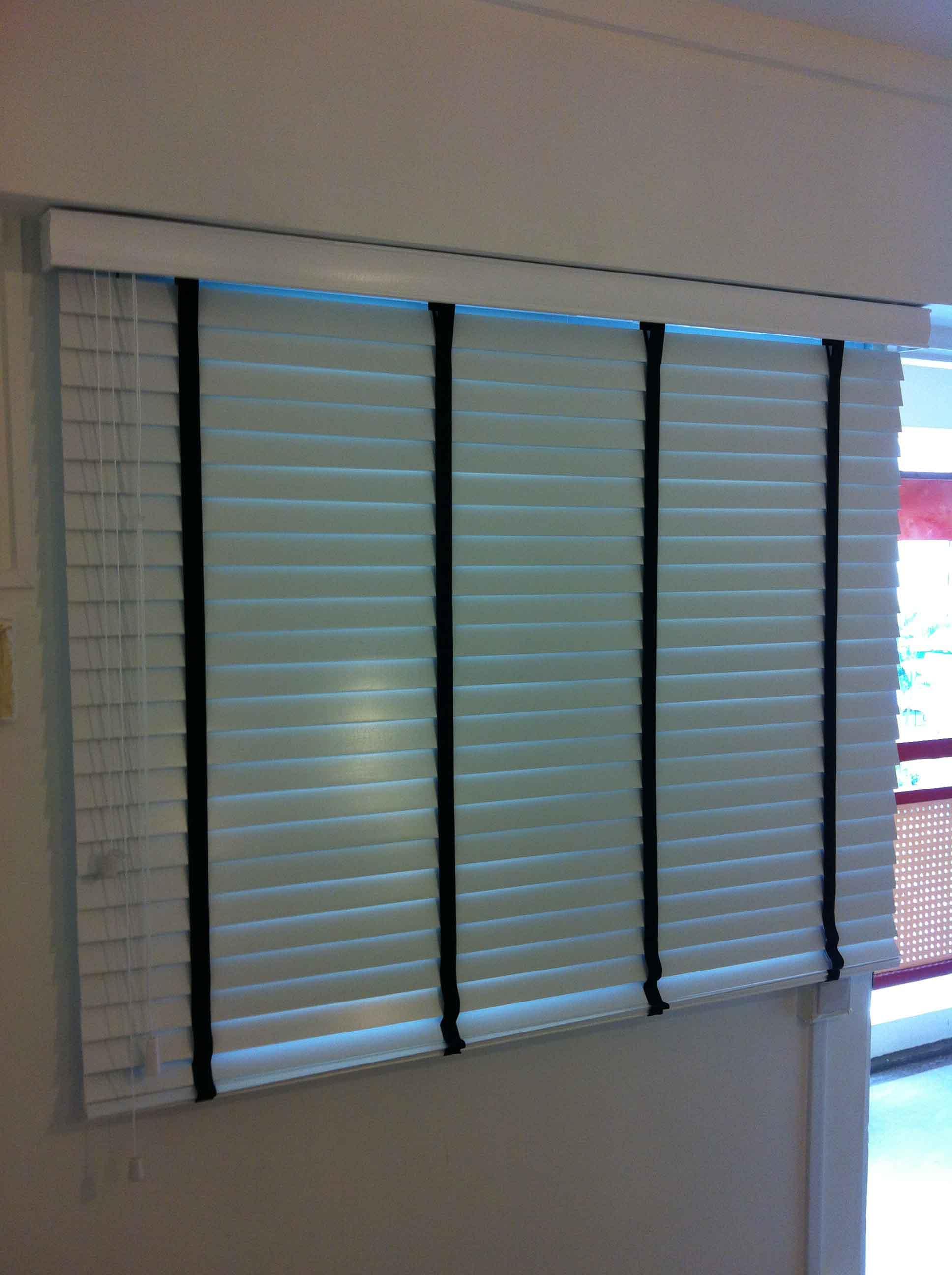 venetian blinds 23
