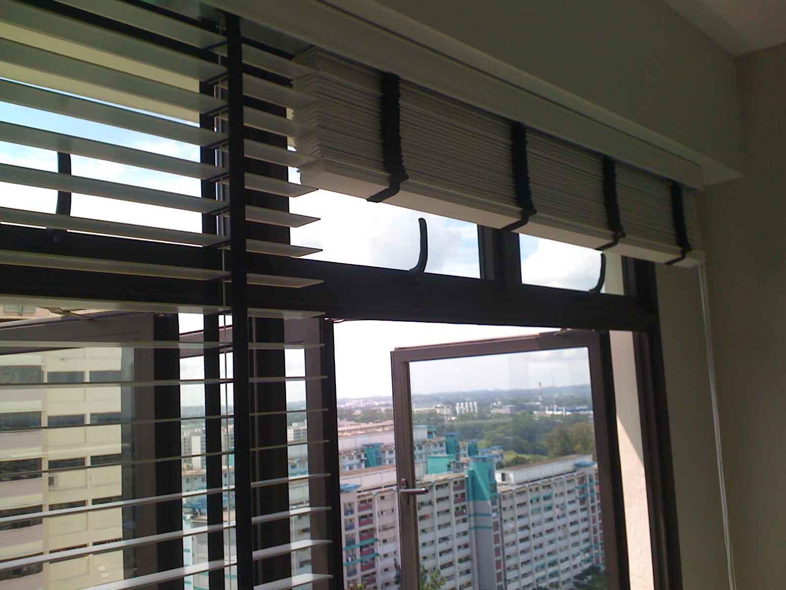 venetian blinds 25